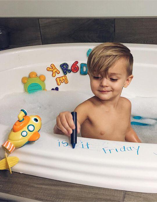 Bathtime Crayon 36M+ by Nuby