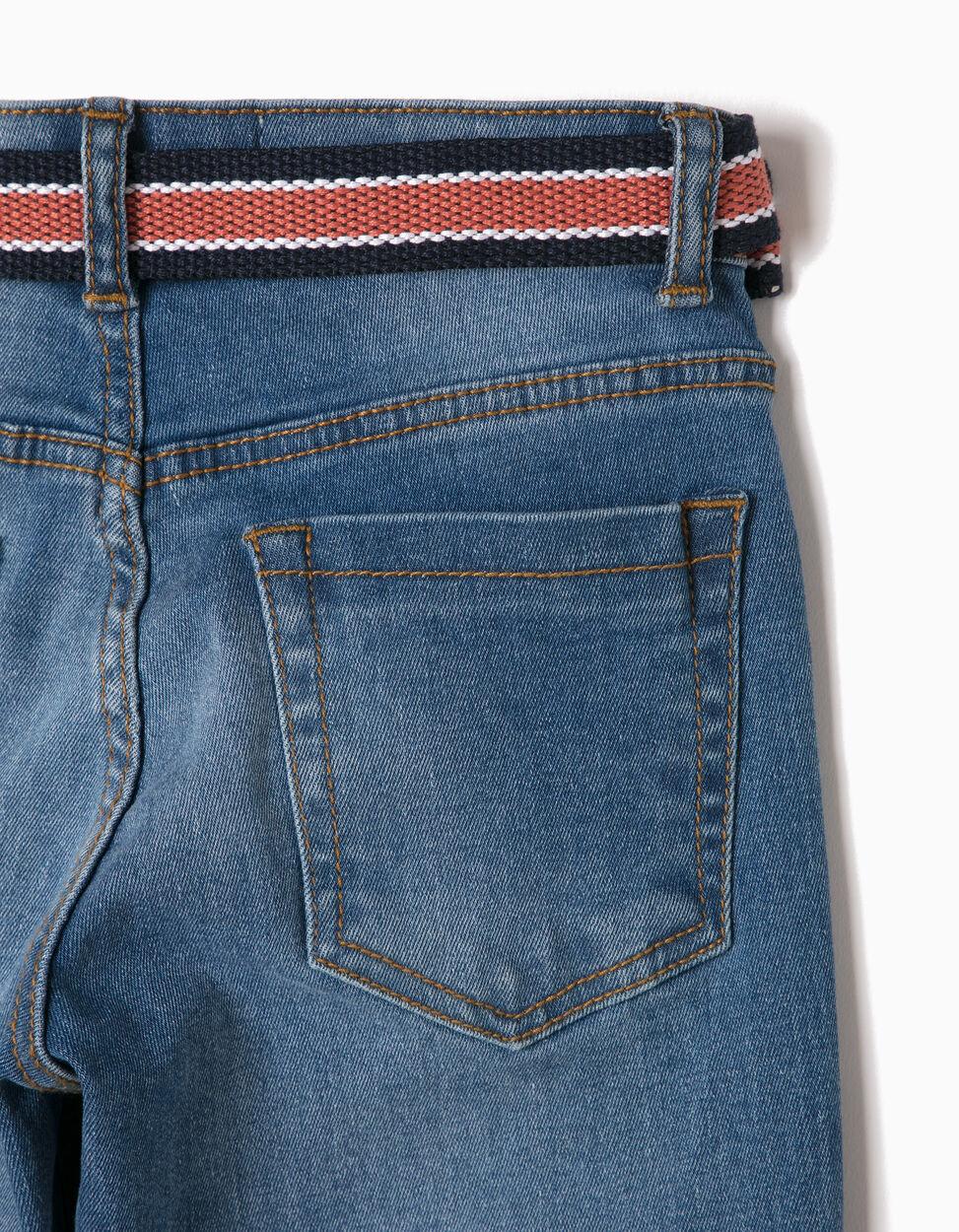 Pantalón Vaquero Oscuro con Cinturón