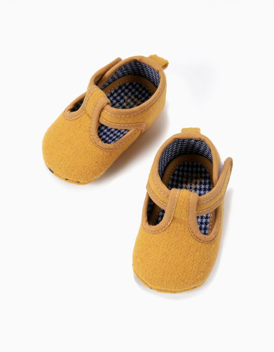 Sapatos Pre-Walker de Lã Amarelo- Escuros