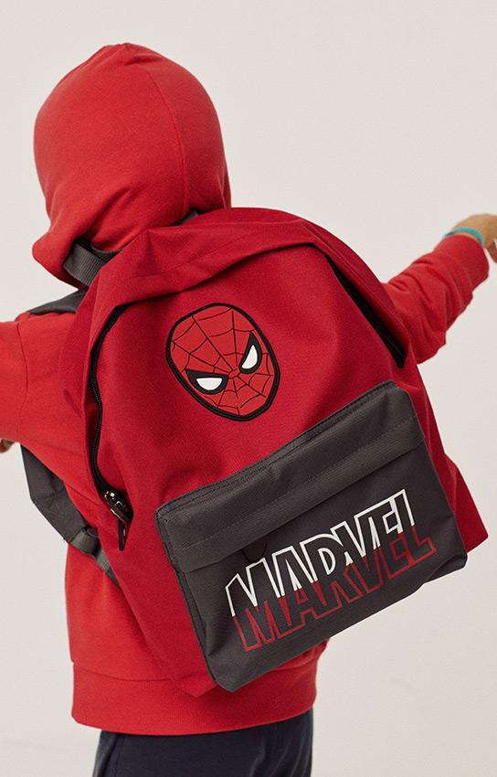 mochilas e material escolar